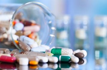 Украина будет закупать лекарства через международные организации