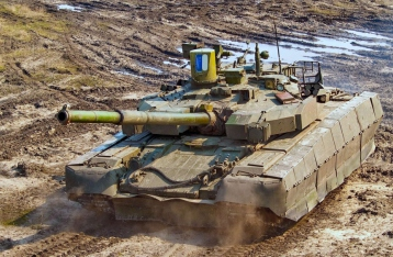 Порошенко: Украина готова отвести танки от линии соприкосновения