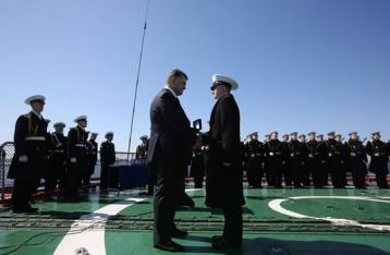Порошенко: Украина начинает возрождать военно-морской флот