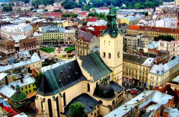 Половина Львова из-за долгов осталась без воды
