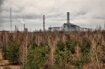 В Чернобыльской зоне горит 400 гектаров леса, огонь распространяется в направлении  АЭС