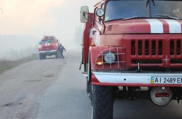 Яценюк: Пожар в зоне отчуждения локализован, радиационный фон в норме