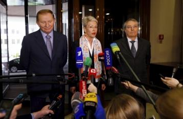 Кучма заявляет о серьезных шагах по политическому урегулированию на Донбассе