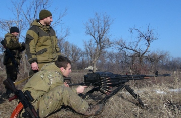 НВФ расстреляли медицинский военный автомобиль на Луганщине, есть жертвы