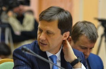 Кабмин проверит полет министра экологии на депутатском самолете