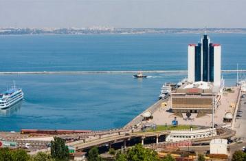Глава СБУ просит Порошенко назначить проверку Одесского морпорта