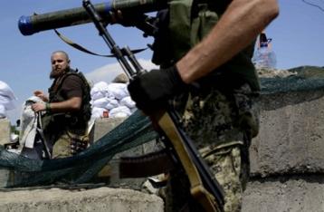 Штаб: НВФ обстреляли село на Донбассе, погибли гражданские