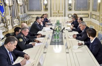 Порошенко выступает за расширение совместных учений с НАТО