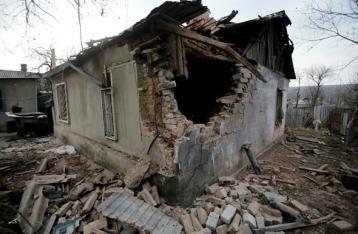 Под Мариуполем в результате обстрела погибли двое военных, трое ранены