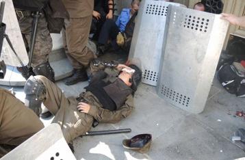 Терещук: В столкновениях под ВР пострадали около 100 правоохранителей