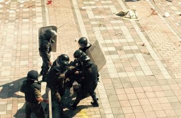 Аваков: После столкновений под Радой задержаны около 30 человек