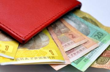 Кабмин обещает повысить зарплаты учителям и врачам на 19%