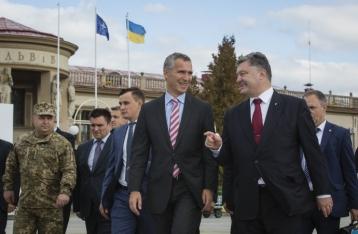 Порошенко: Украина не готова стать членом НАТО