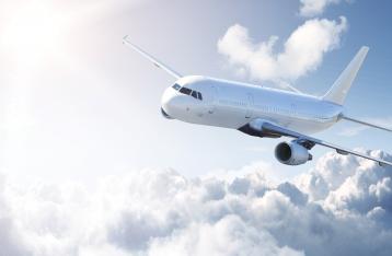Медведев поручил ввести санкции против украинских авиакомпаний