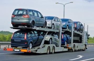 С сегодняшнего дня Украина отменила спецпошлины на импортные авто