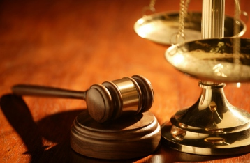 Суд запретил две коммунистические партии