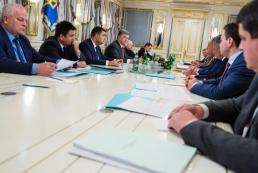Порошенко: Во вторник на Донбассе объявят об отмене псевдовыборов