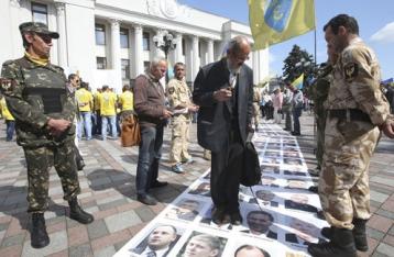 Кто платит, тот и музыку заказывает. Зачем финансировать партии из казны и карманов украинцев