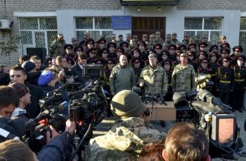 Порошенко: Шантаж выборами в ДНР и ЛНР для Украины неприемлем