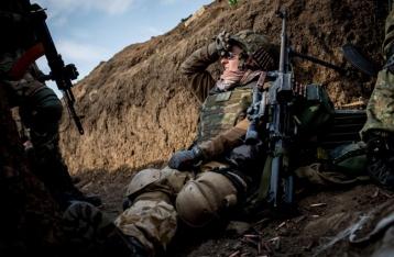 НВФ все утро обстреливают позиции сил АТО под Донецком