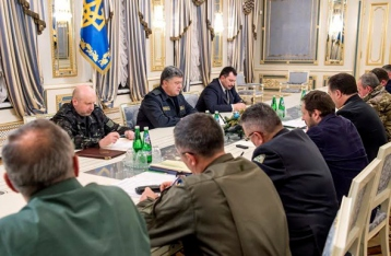 Президент: Военные получили приказ открывать огонь на поражение