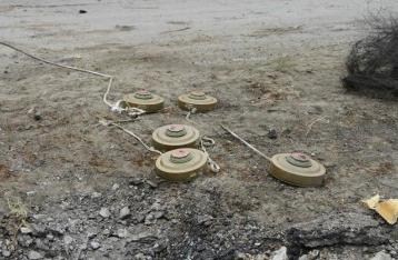 На Луганщине в результате подрыва на фугасе погибли трое военных