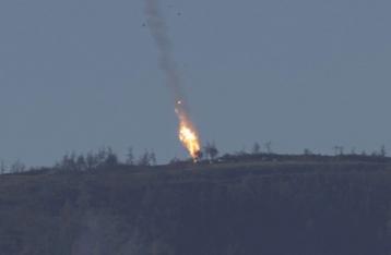 На сирийско-турецкой границе сбит военный самолет