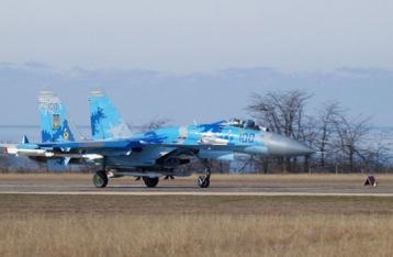Украина пригрозила сбивать военные самолеты, как Турция