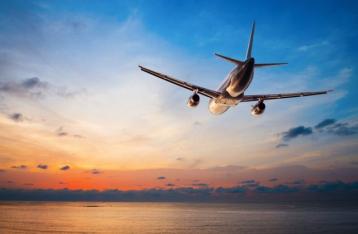 Украина в полночь закроет небо для российских самолетов