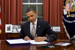 Обама подписал бюджет США, предусматривающий $300 миллионов для Украины