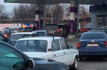 Из-за «бензиновой паники» в Крыму владельцы АЗС повысили цены