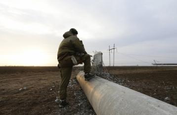 Одну из ЛЭП на границе с Крымом починили, но еще не подключили