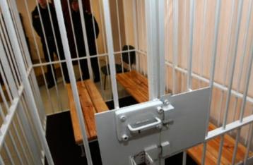 Один из обвиняемых по делу 2 мая в Одессе попытался вскрыть себе вены в суде