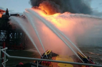 Власти Азербайджана заявили об одном погибшем на нефтяной платформе