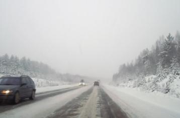 Из-за непогоды ограничено движение только по дорогам Полтавской области