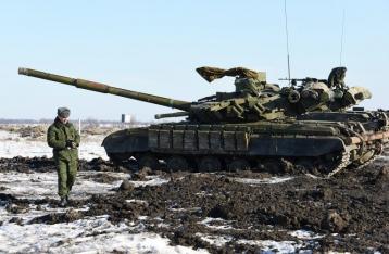 ОБСЕ продолжает фиксировать танки и гаубицы на территории ЛНР
