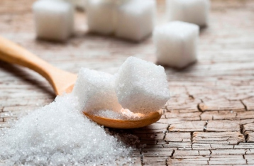 Кабмин повысил минимальные цены на сахар