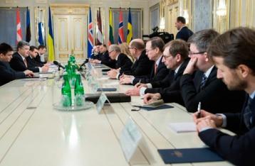 Порошенко: В Украине впервые протестируют всех судей