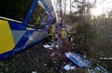 В Германии столкнулись два пассажирских поезда: есть погибшие
