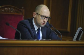 Яценюк: Политический кризис спровоцирован искусственно