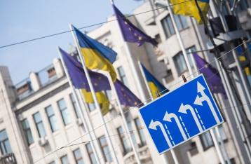 Две преграды на пути к безвизовому режиму с ЕС: почему тормозит Киев и что сделает Брюссель