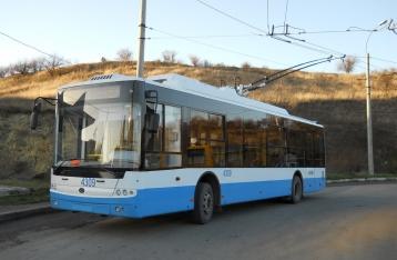Из-за нехватки электроэнергии в Симферополе останавливают стройки и транспорт