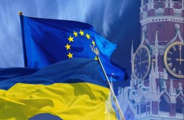 ЕС не намерен снимать санкции с РФ до разрешения кризиса на Донбассе