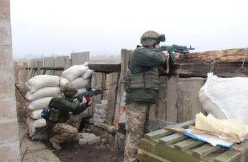В результате обстрела Авдеевки погибли двое военных