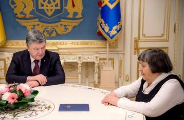 Порошенко заявляет, что делает все возможное для освобождения Савченко