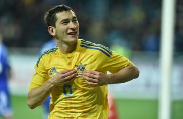 Сборная Украины начинает подготовку к Евро-2016 с победы