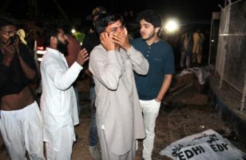 Количество жертв теракта в Пакистане приблизилось к 70