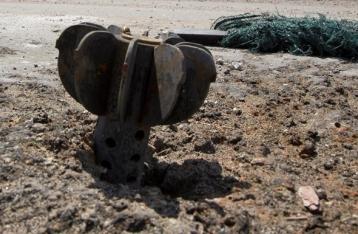 БМП сил АТО подорвалась на фугасе, за сутки – 8 раненых