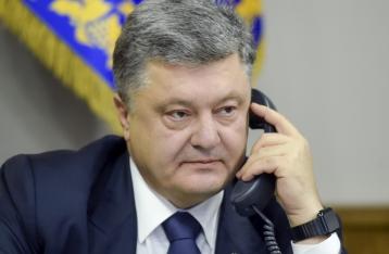 Порошенко обсудил с Путиным освобождение Савченко