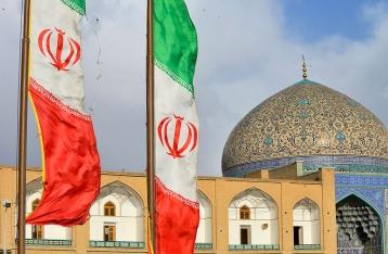 Кабмин одобрил снятие санкций с Ирана